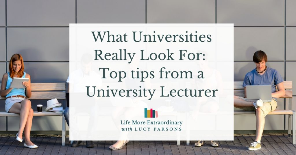 What Universities Really Look For: Top tips from a University Lecturer | If you want to get into university you need to stand out in your UCAS personal statement. In this post I share with you tips from a university lecturer about how to fascinate and intrigue admissions tutors in your personal statement and get onto your dream course. Click through to benefit from all the wisdom.... #ucas #personalstatement